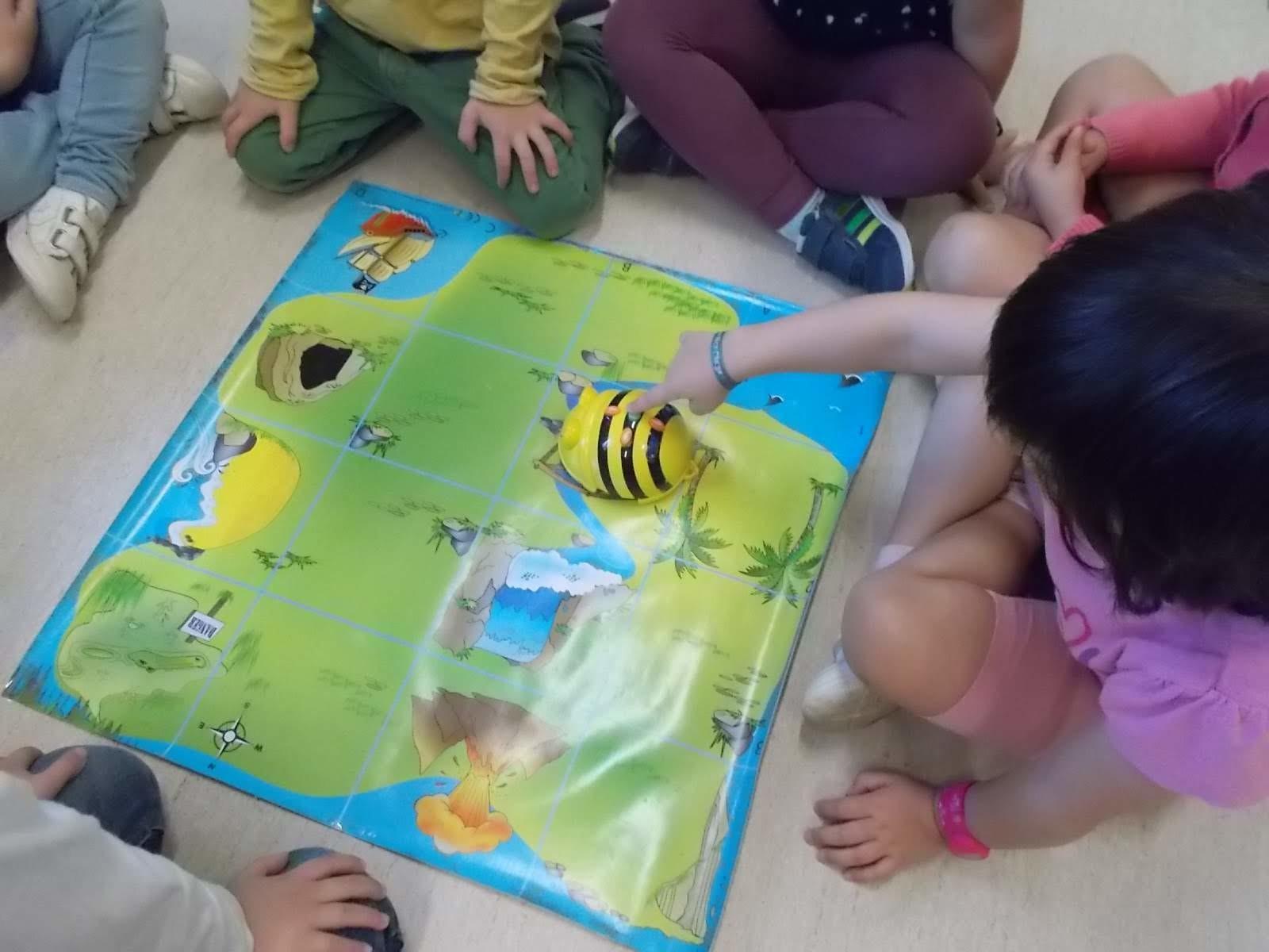 Ja han arribat els Bee-Bot a Educació Infantil